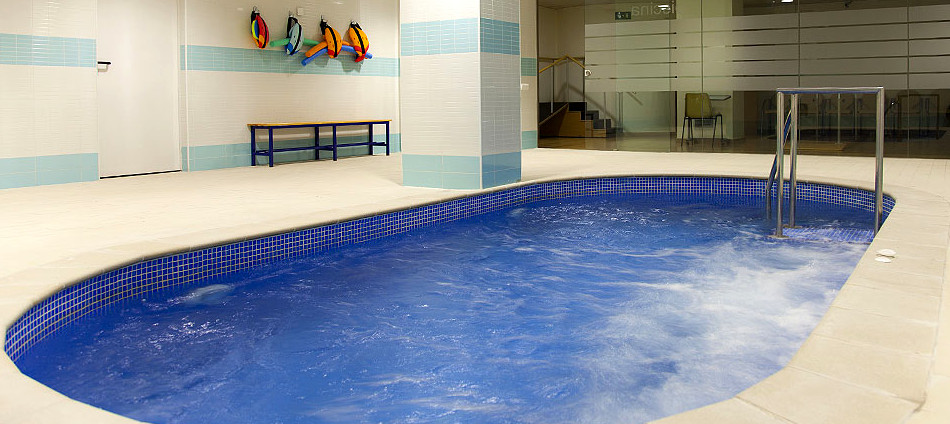 piscina-residencia mayores barcelona